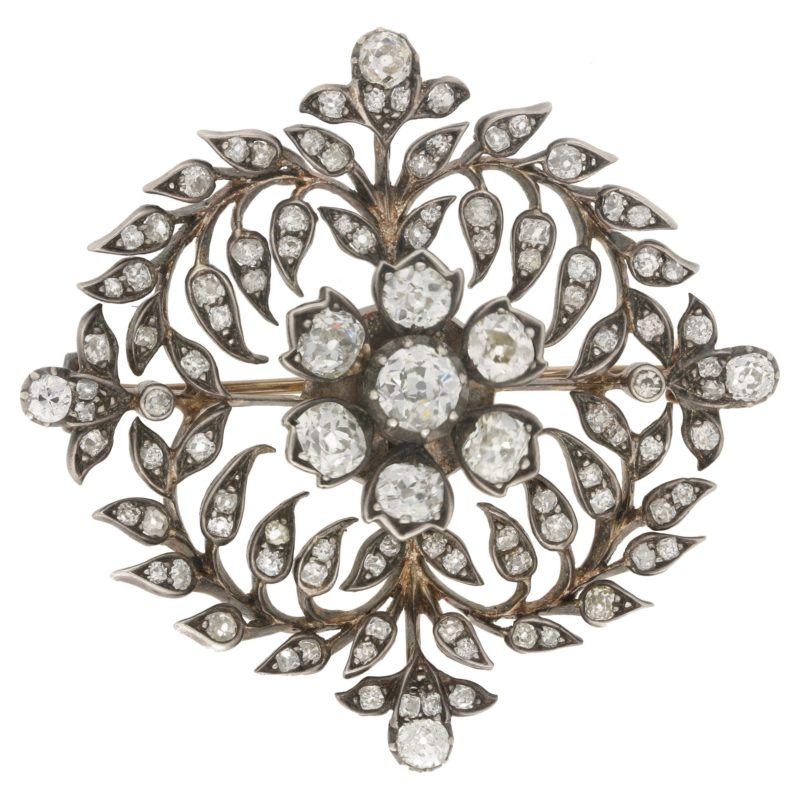 "Victorian Diamond Garland Brooch ""en Tremblant"""