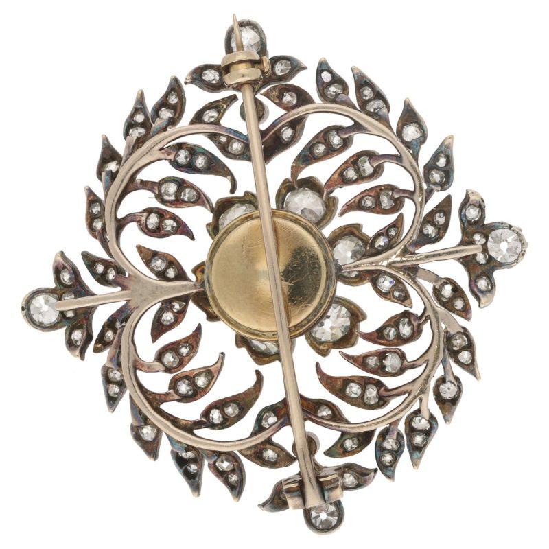 "Victorian Diamond Garland Brooch ""en Tremblant"""