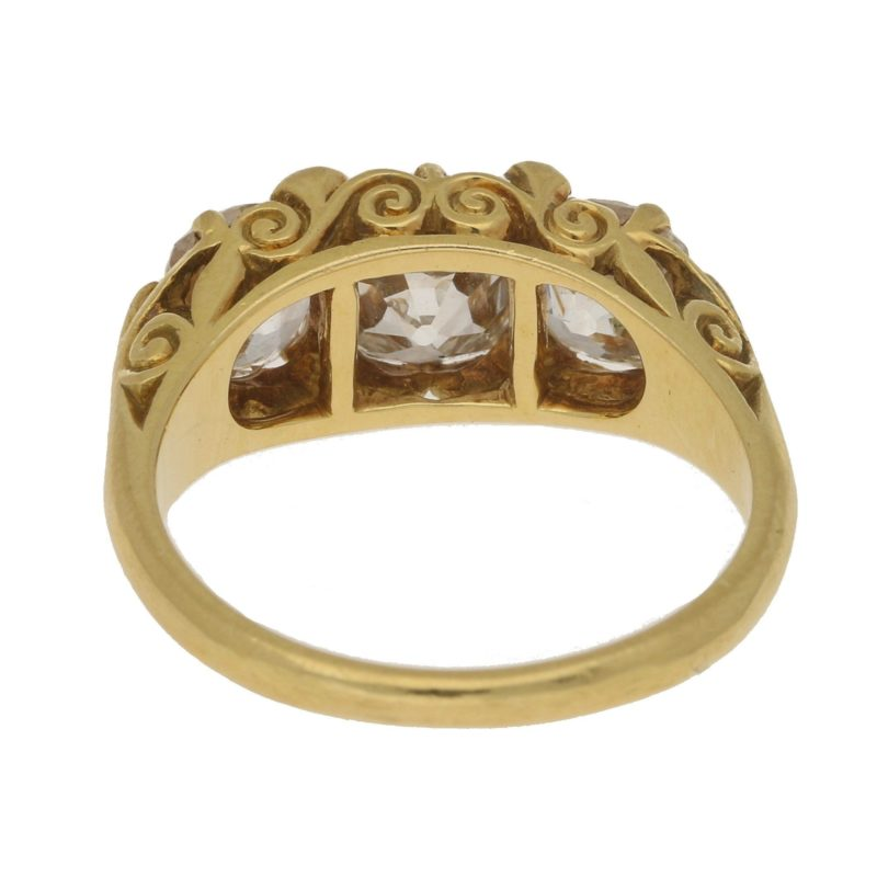 Vintage Victorian-Style Three-Stone Diamond Ring in Yellow Gold