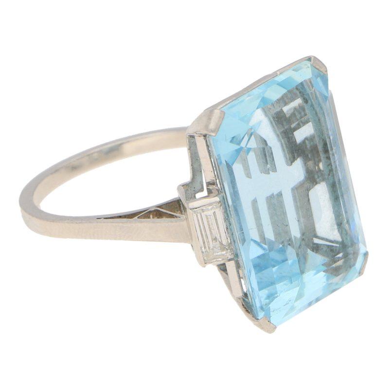 Art Deco 17ct Aquamarine and Diamond Cocktail Ring in Platinum