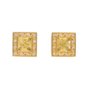 Diamond Squared Stud Earrings in Yellow Gold Filigree