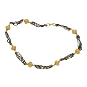 22ct gold and black-red garnet bead Indian necklace