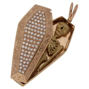 18ct rose gold coffin pendant set with diamond