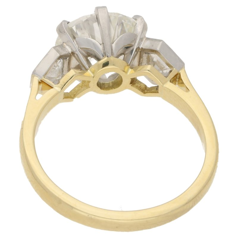 3.84ct Diamond Three-Stone Ring in Yellow Gold and Platinum
