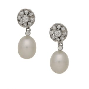 18k gold diamond pearl drop earrings