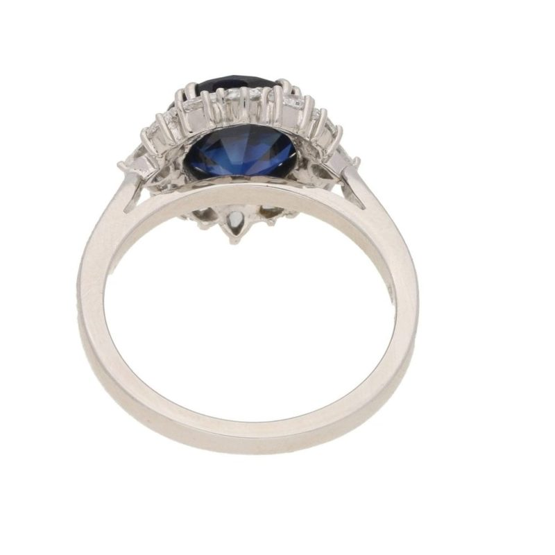 Sapphire diamond cluster ring