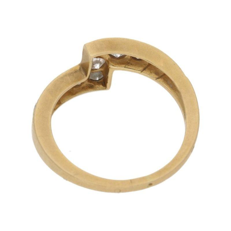 Gold and diamond zig zag ring
