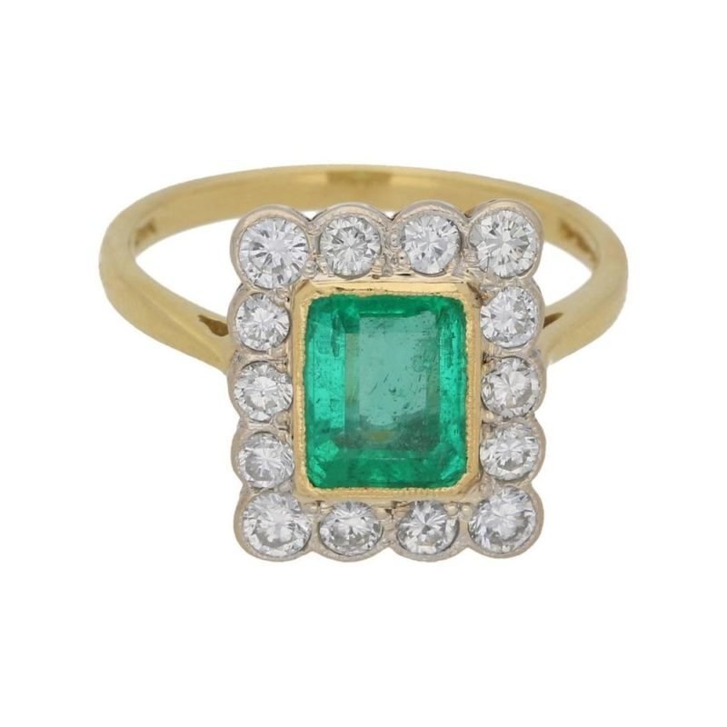 Emerald Diamond Cluster Ring in Gold