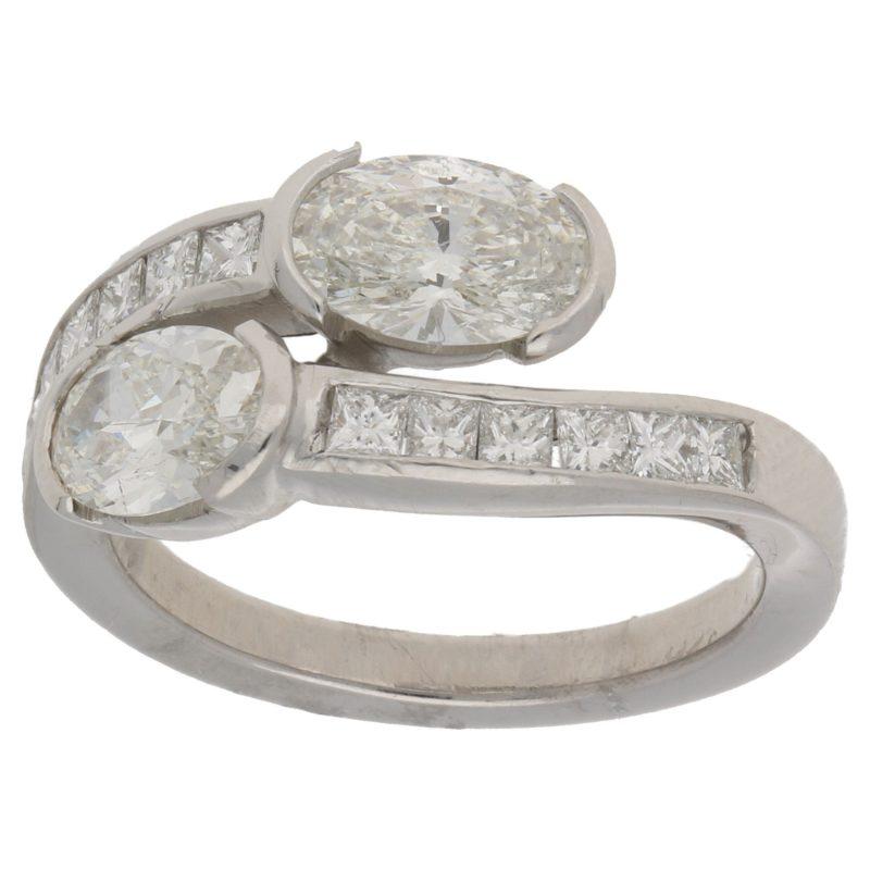 18ct gold diamond crossover ring