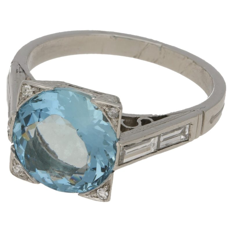 3.64ct aquamarine and diamond ring