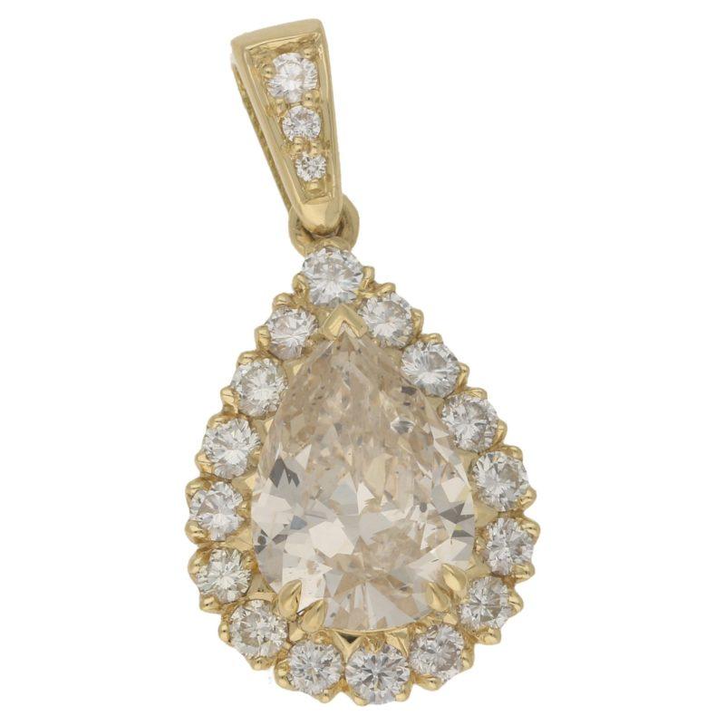 Fancy light yellow diamond pear-shape cluster pendant