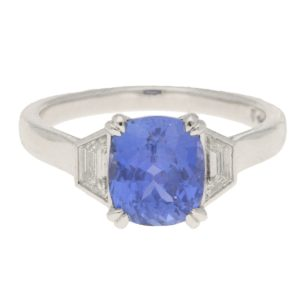 Certified 2.78ct Colour-Change Sapphire Diamond Three-Stone Ring