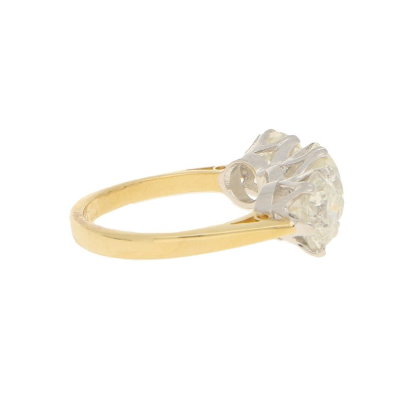 5.24ct Three-Stone Diamond Ring in Yellow and White Gold