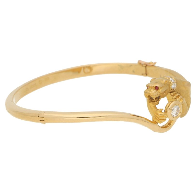 1980s Carrera y Carrera Diamond Panther Bangle in Yellow Gold