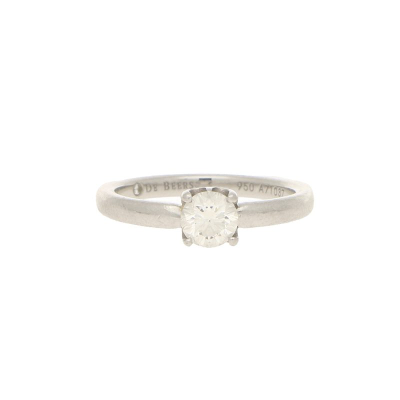 De Beers Signature Solitaire Diamond Ring in Platinum