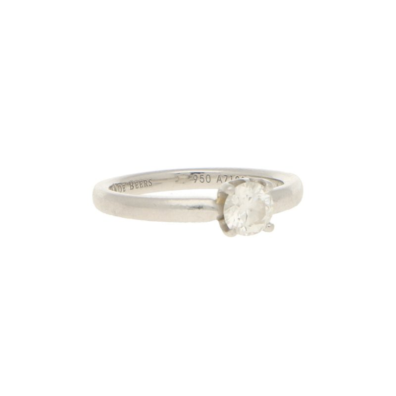 De Beers Signature Solitaire Diamond Ring in Platinum