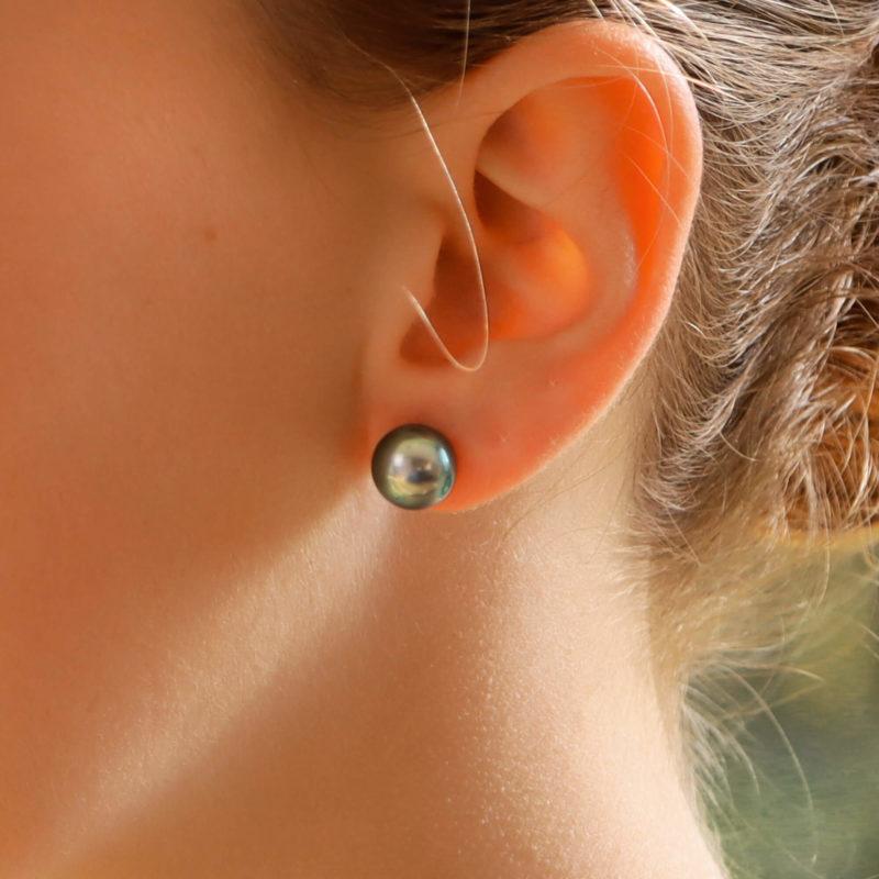 9mm Cultured Pearl Stud Earrings - Tahitian pearls