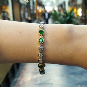 18ct gold emerald diamond bracelet