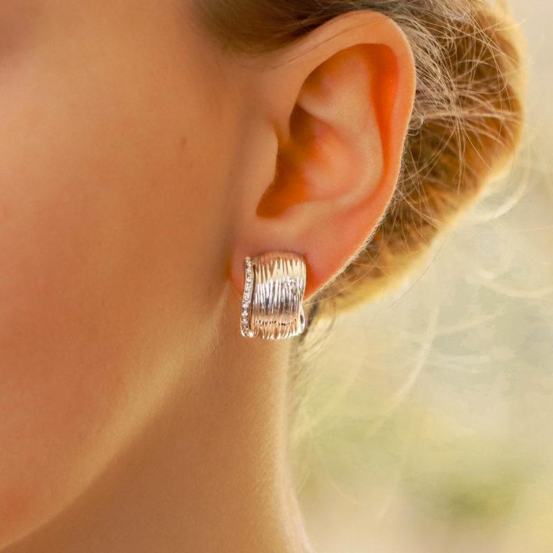 Vintage Roberto Coin Diamond Elephant Hoop Earrings