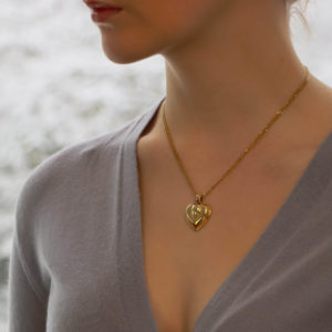 Vintage Cartier Heart Pendant in Yellow Gold