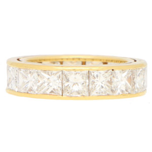 Princess Cut Full Eternity in Yellow Gold