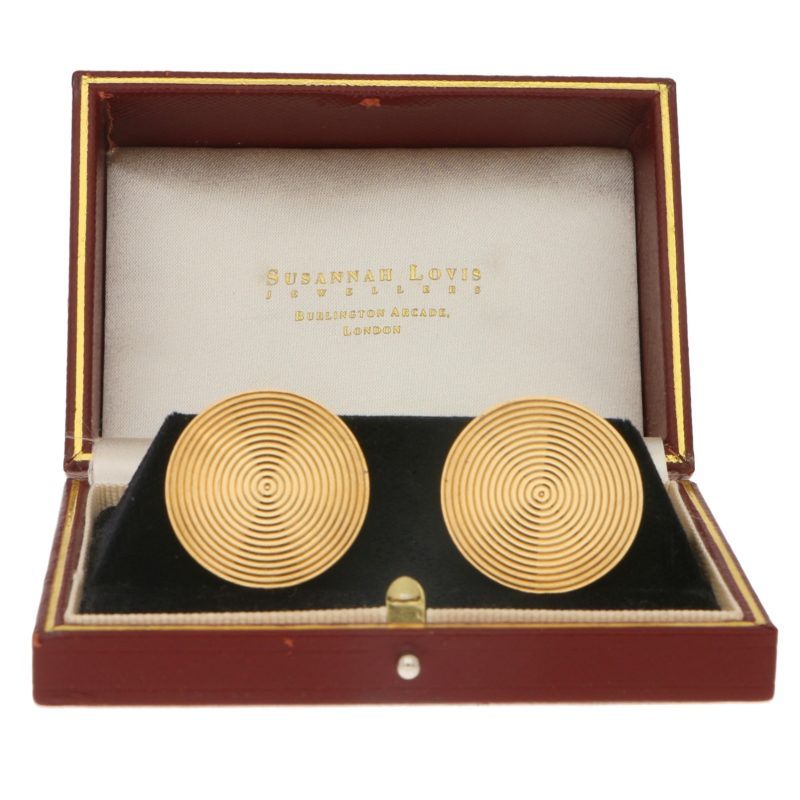 Large Round Kutchinsky Cufflinks Set in 9k Yellow Gold