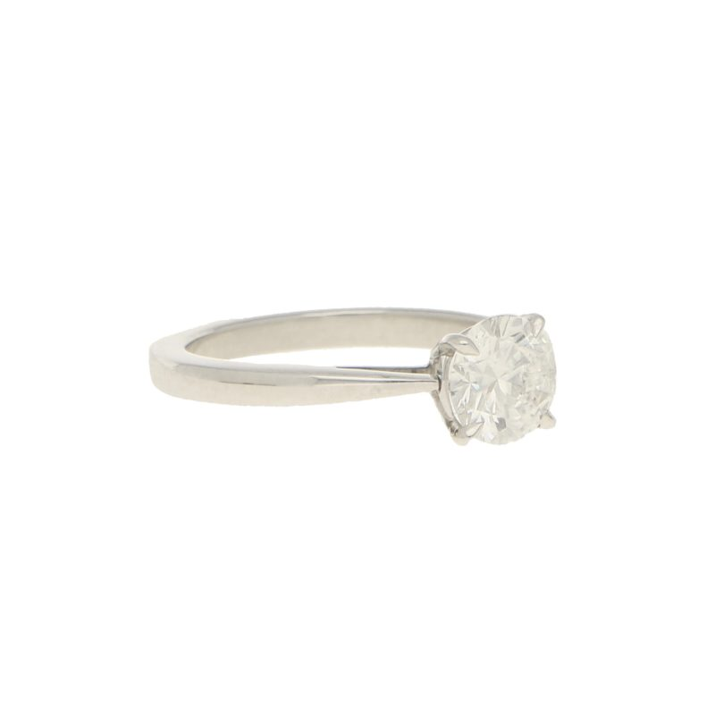 GIA Certified Diamond Solitaire Rig set in Platinum