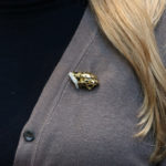 18ct yellow gold panther head brooch