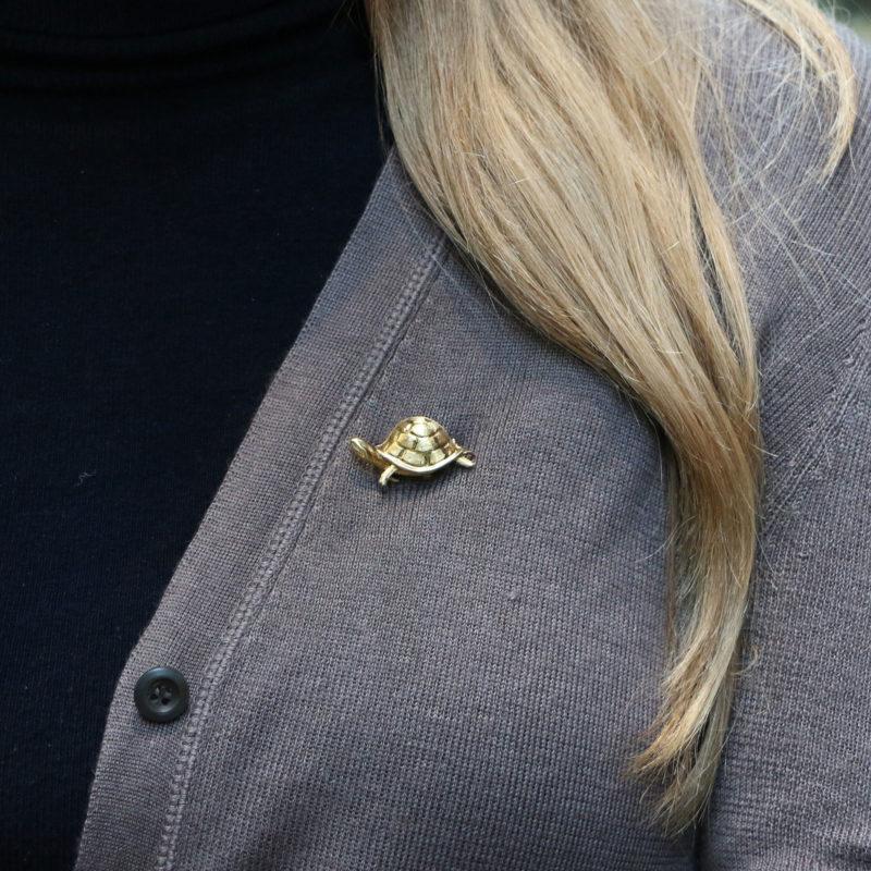 Vintage gold turtle brooch
