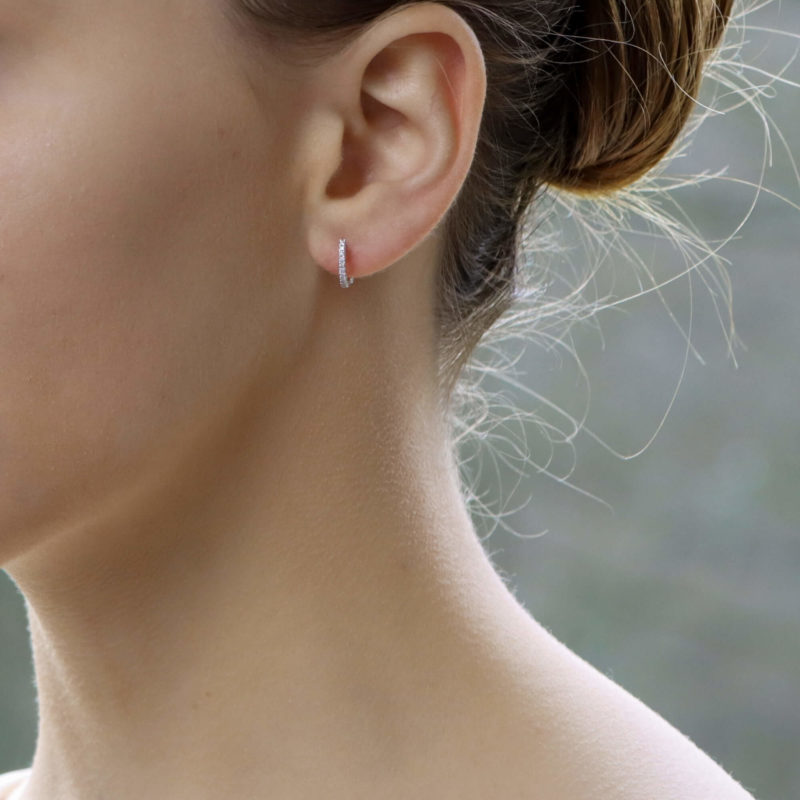 Diamond earhoops
