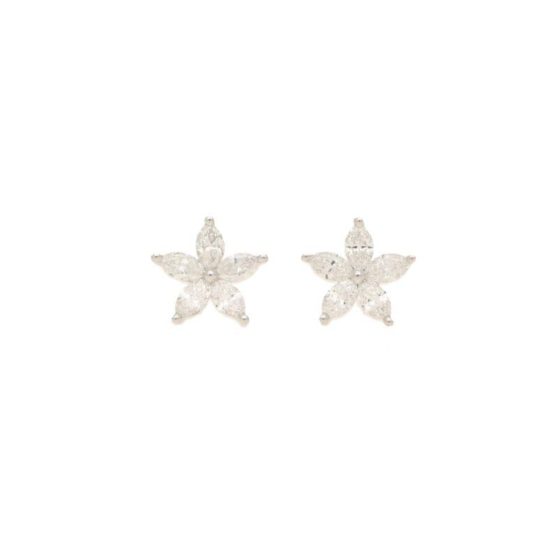 Diamond star earrings in 18K white gold