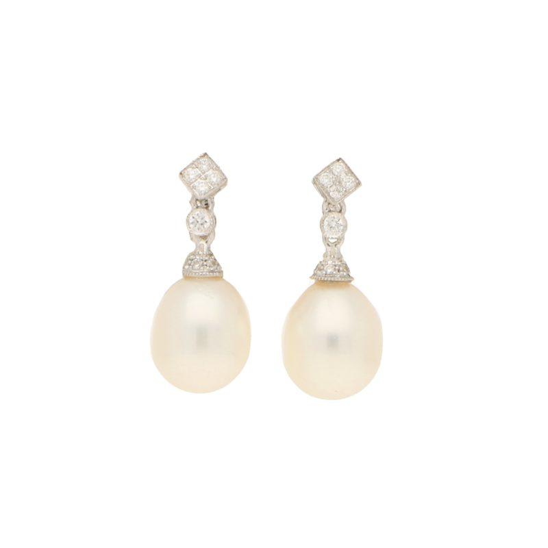 Pearl 18ct White gold Drop Earrings