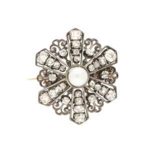 Victorian pearl and diamond brooch/pendant.