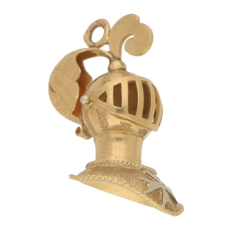 Vintage Medieval Knight Charm in 18k Yellow Gold
